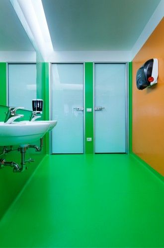 google office in milan tualet